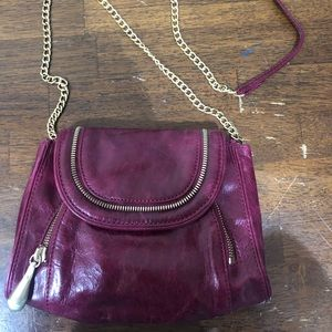 HOBO small crossbody in a cute fuchsia !